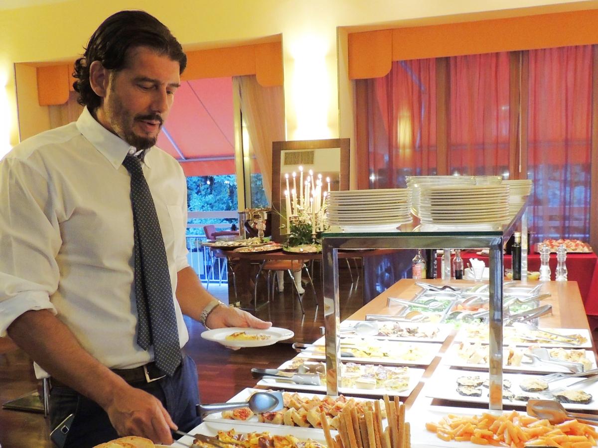 ricco-buffet-qualità-cattolica