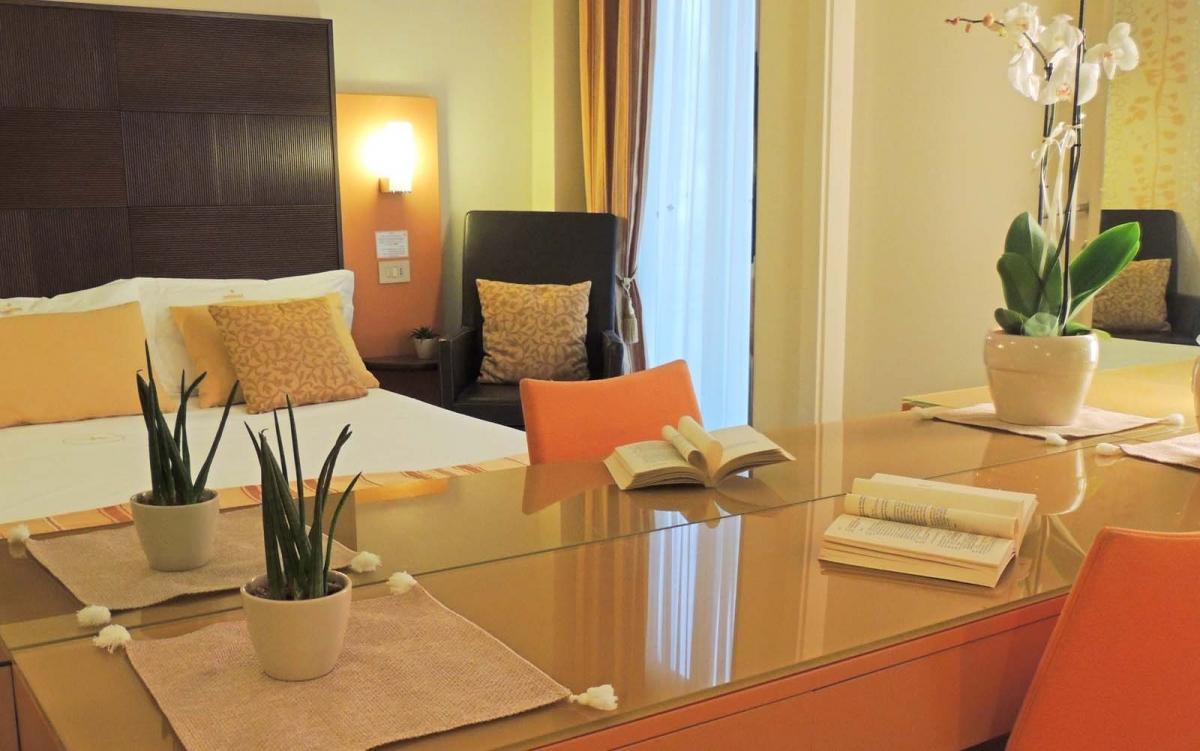 001-suite-cattolica-hamiltown-bijou-hotel